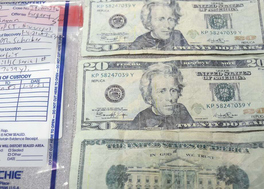 Counterfeit $20 bills are being circulated in Jacksonville. Photo: Samantha McDaniel-Ogletree | Journal-Courier