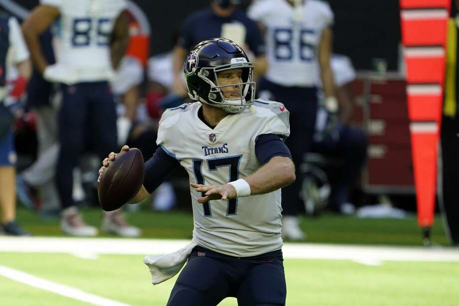 Tennessee Titans quarterback Ryan Tannehill (17) throws a pass against the Houston Texans during the first half of an NFL football game Sunday, Jan. 3, 2021, in Houston. (AP Photo/Eric Christian Smith) Photo: Eric Christian Smith/Associated Press / Copyright 2021 The Associated Press. All rights reserved