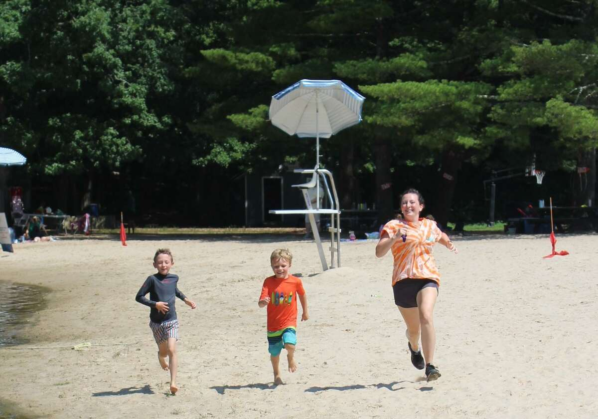 Registration for the New Canaan YMCA's 2021 summer camp programs is now available.