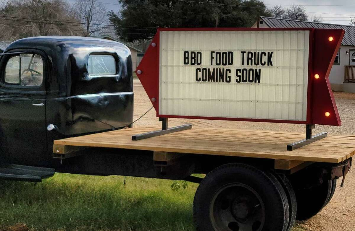 San Antonio restaurant Bandit BBQ is expanding into Floresville with a food trailer.