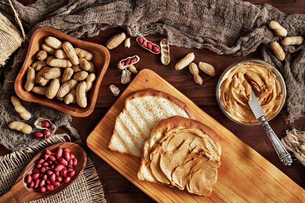 New research shows the consumption of peanuts and peanut butter can be an effective strategy to stabilize blood sugar and in turn, prevent the onset of type 2 diabetes.