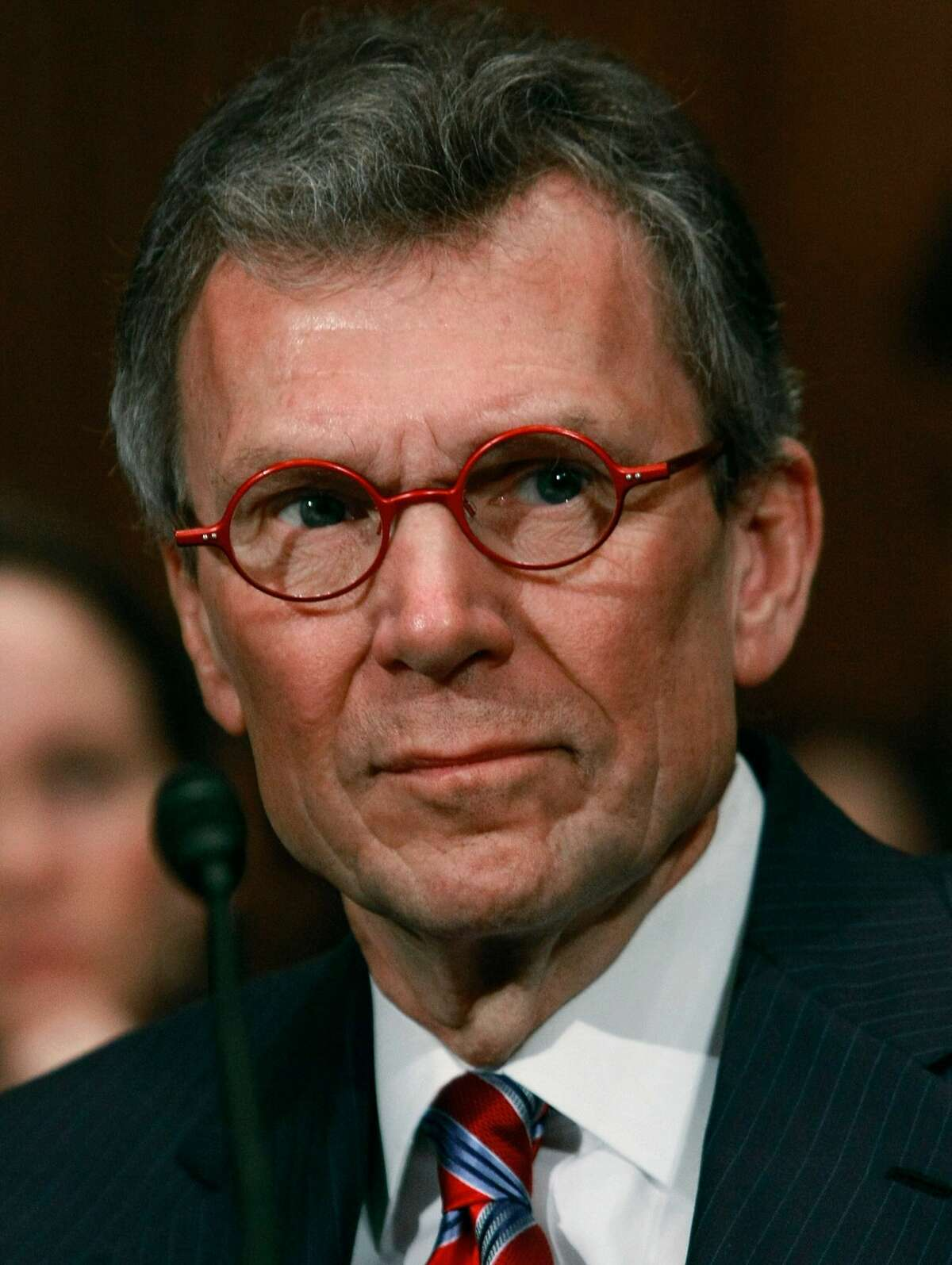 Former Senate Majority Leader Tom Daschle (D-SD) participates in his Senate Confirmation hearing before the Senate Health, Education, Labor and Pensions Committee on Capitol Hill January 8, 2009 in Washington, DC. (Photo by Mark Wilson/Getty Images)