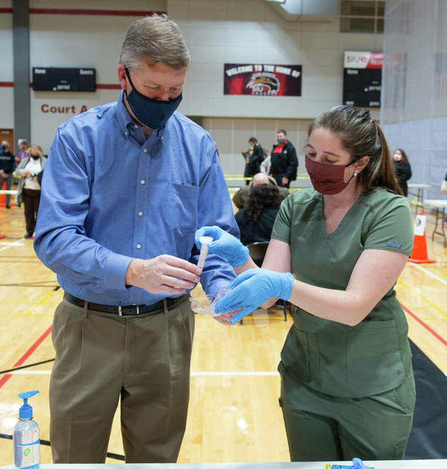 Vice Chancellor for Student Affairs Jeffrey Waple participates in the Southern Illinois University Edwardsville mandatory re-entry testing program during its launch on Monday, Jan. 4.