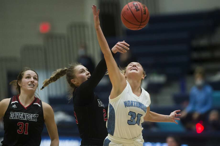 Northwood's Adele Kemp takes a shot during a game against Davenport Friday, Jan. 8, 2021 at Northwood University. (Katy Kildee/kkildee@mdn.net) Photo: (Katy Kildee/kkildee@mdn.net)