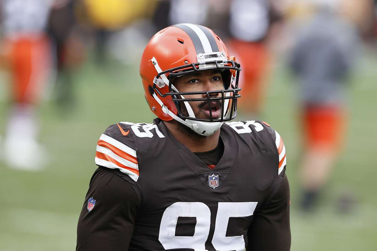 Browns defensive end Myles Garrett, who was named All-Pro on Friday, hopes to end Cleveland's futility in Pittsburgh.