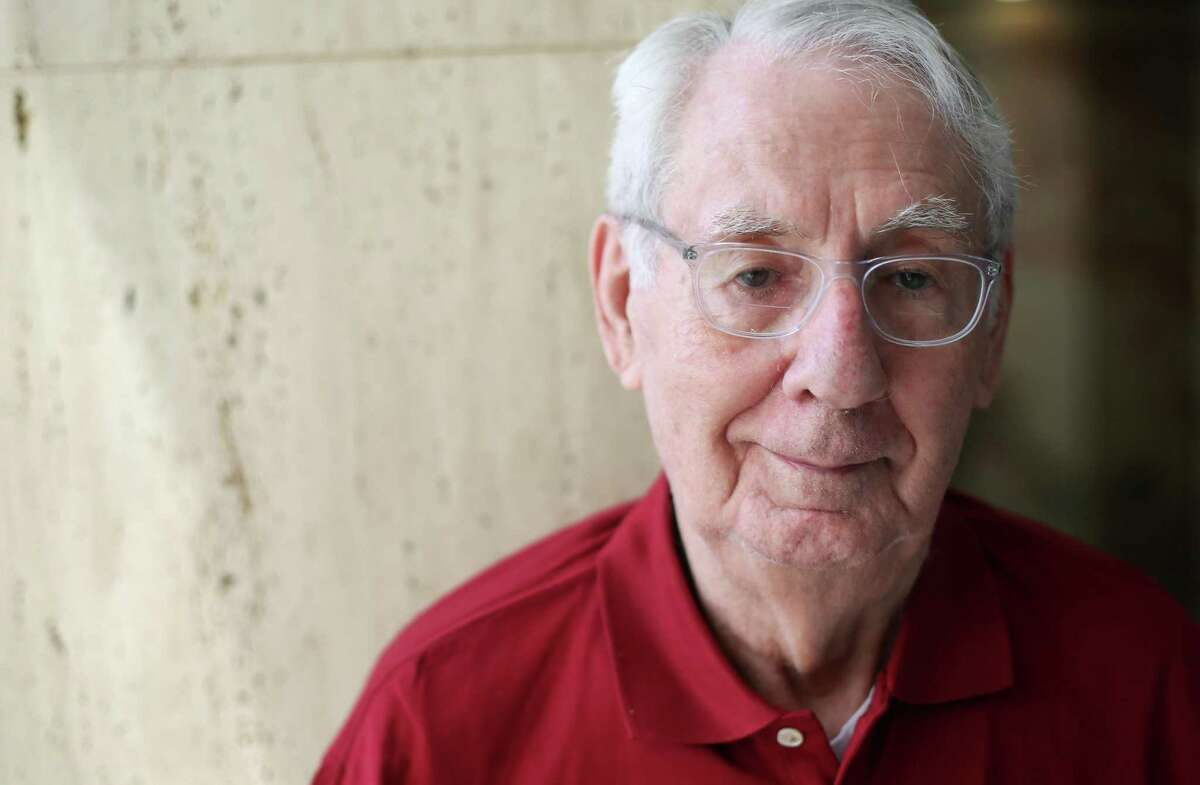 Marvin Speer, 92, is still waiting to get the COVID-19 vaccine.