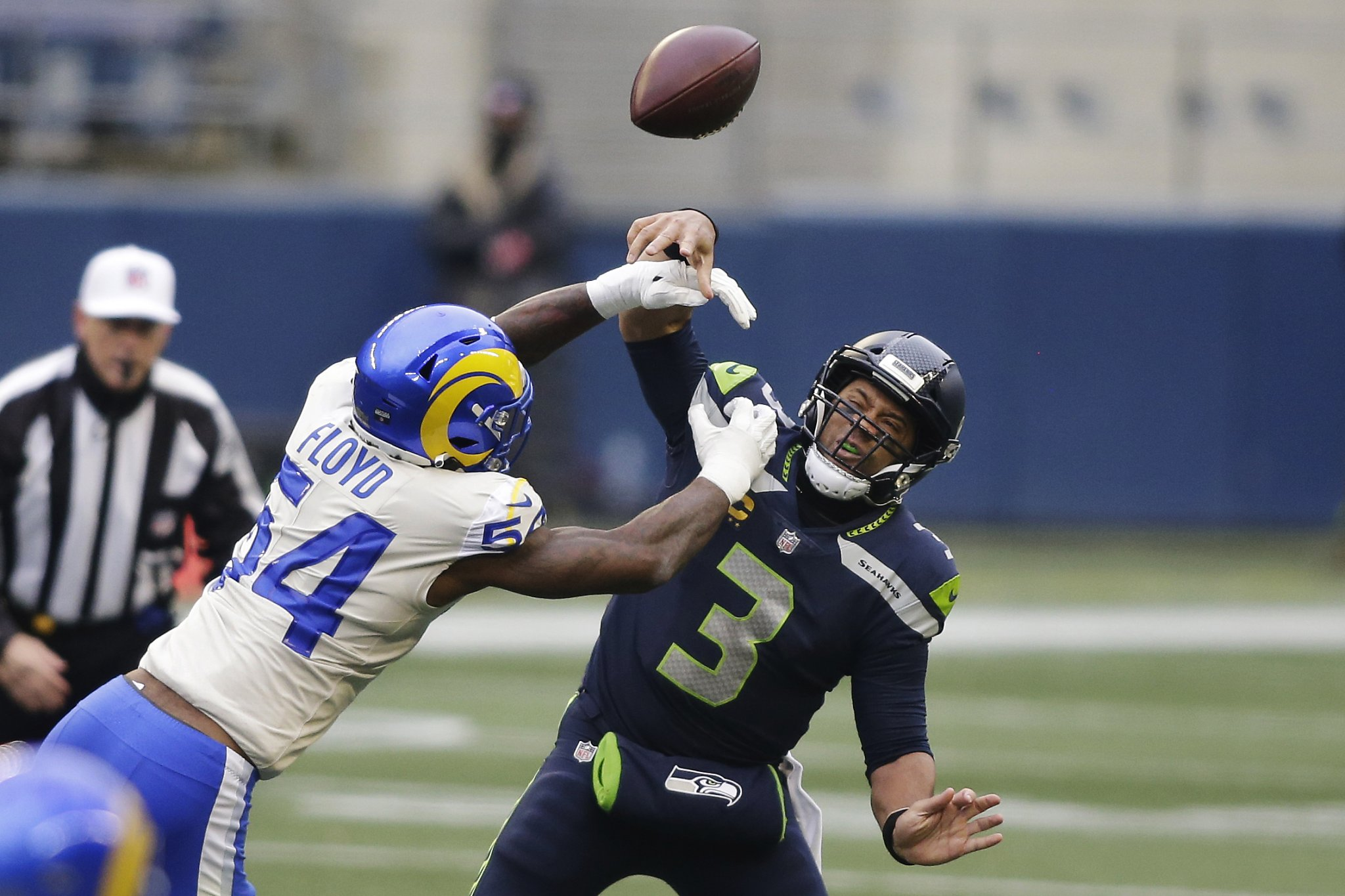 Rams get better of division rivals, toppling Seahawks 30-20