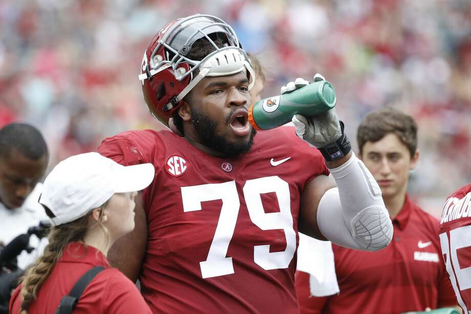 Chris Owens is expected to start at center in the national title game. Photo: Joe Robbins/Getty Images / 2019 Joe Robbins