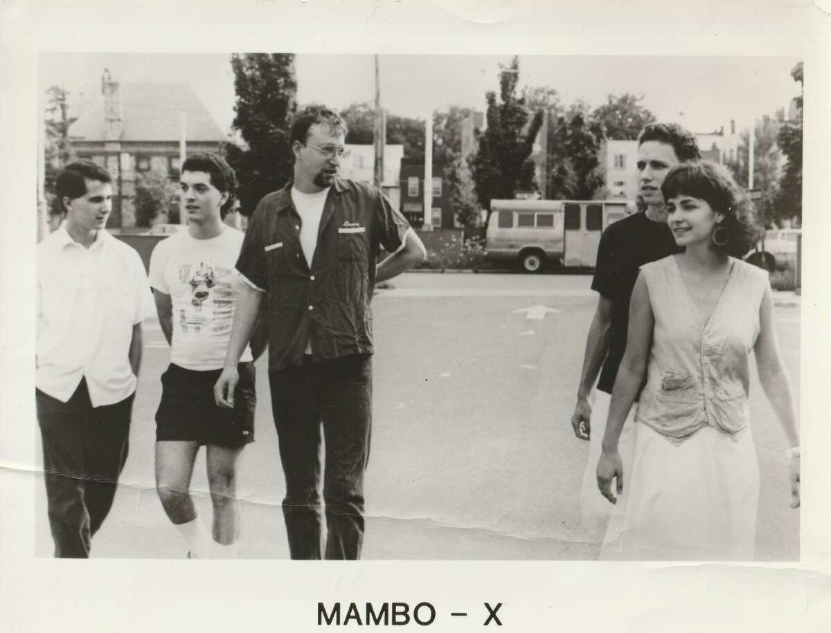 Mambo-X Machines PromoL-R: Mitch Rosen, Stephen Seney, Seth Kaufman, Seth Walter, Erin O'HaraFoto by Doreen Walsh