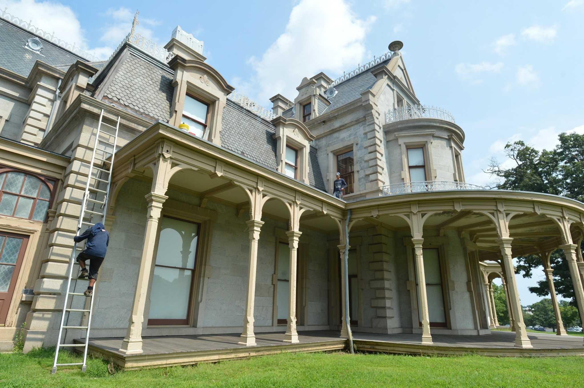 Norwalk's Lockwood mansion to be set of Netflix film