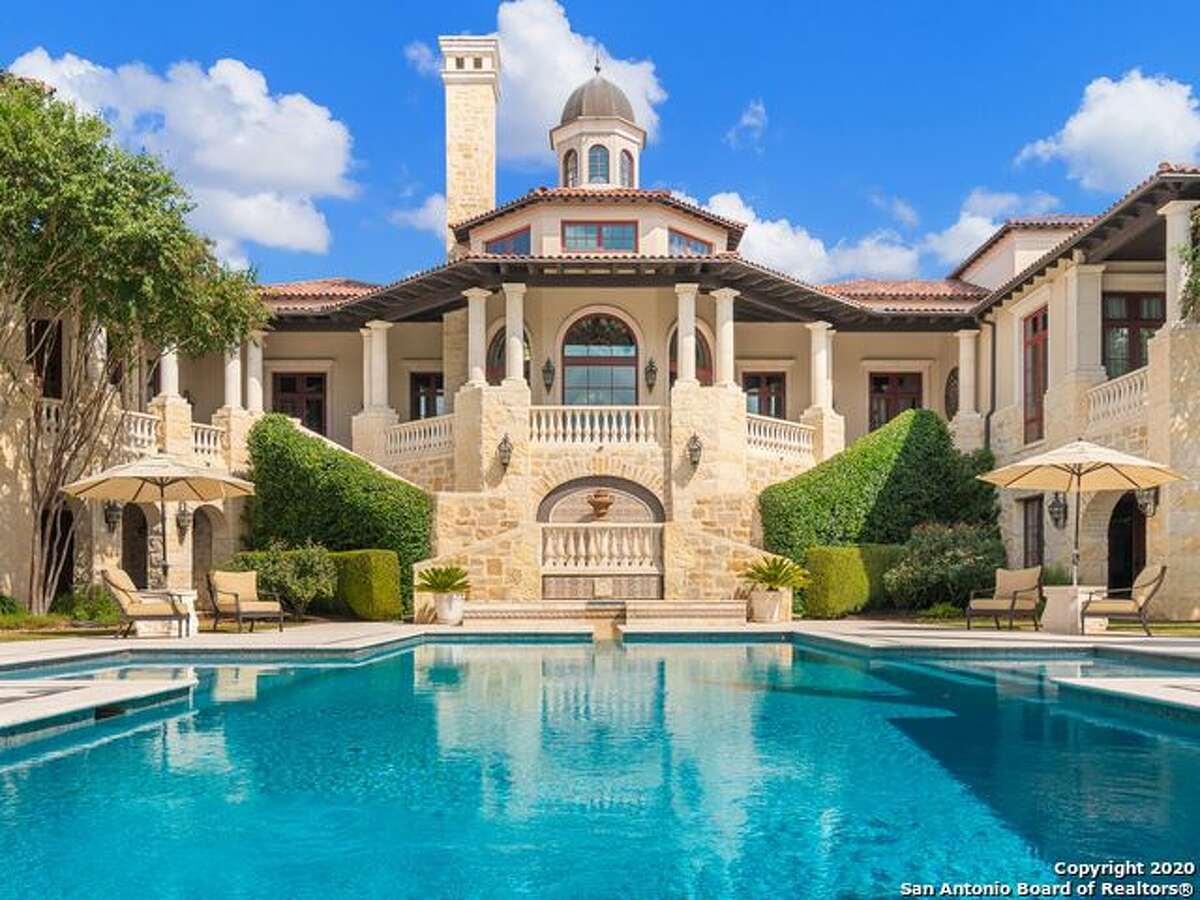 Luxury home prices in San Antonio tend to start around $500,000, with more exclusive luxury homes starting at $1 million.