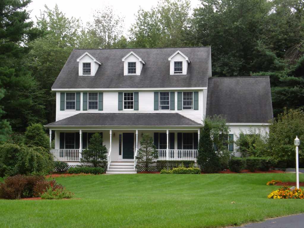 Neighborhoods oak brook estates halfmoon times union for Colonial garage