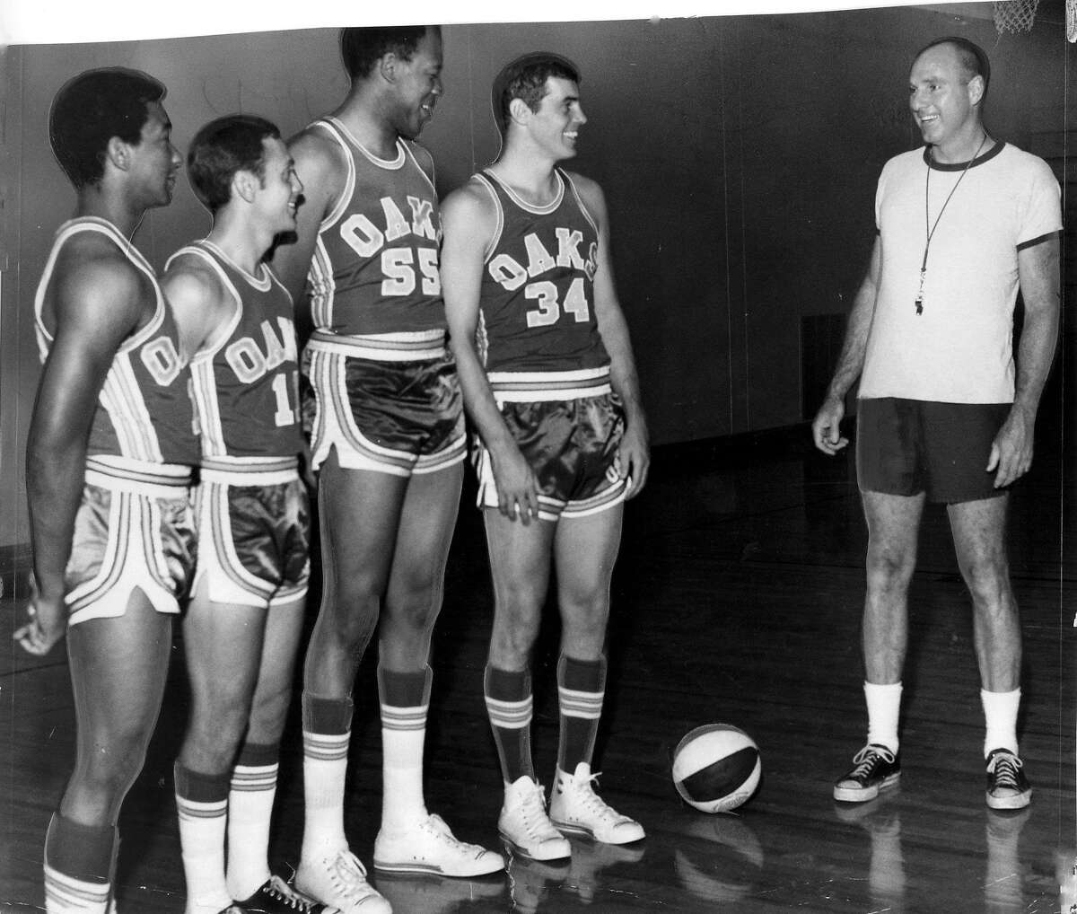 Oakland Oaks coach Alex Hannum with players, from left, Henry Logan, Larry Brown, Jim Hadnot and Doug Moe.