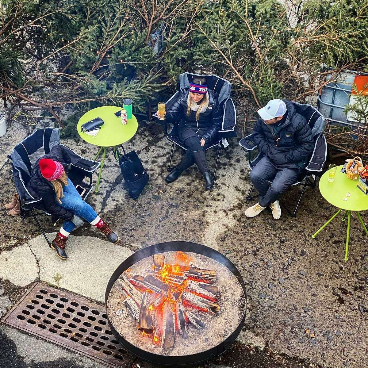 As winter weather settles into the Capital Region, here are some of the local restaurants still offering outdoor seating.
