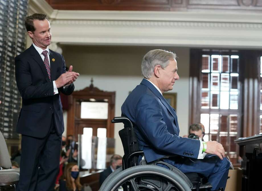 In the middle of a pandemic and tense transition of presidential power, Texas Gov. Greg Abbott Abbott made a promise to keep to-go sales of alcohol in the state during his opening remarks to the house on Tuesday, the first day of the 2021 legislative session. Photo: Bob Daemmrich, Daemmrich/CapitolPressPhoto/Pool