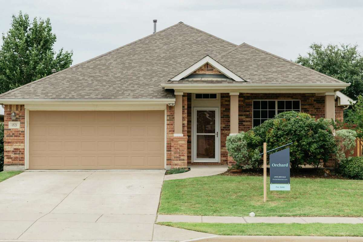 Orchard, a New York-based real estate brokerage that makes cash offers on homeowners' next homes - allowing them to avoid contingent offers - announced it had entered the Houston market.