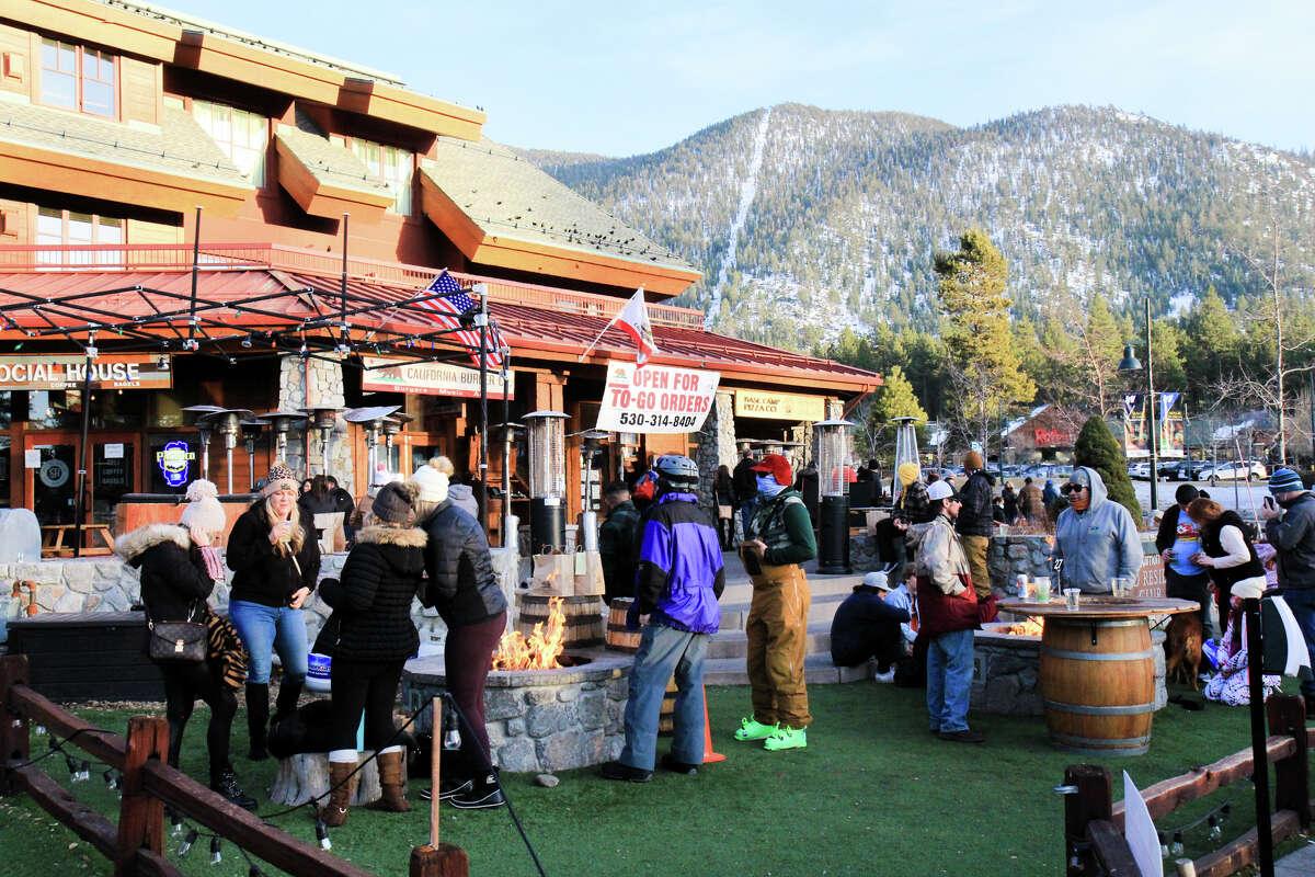 In South Lake Tahoe, après ski lives on.