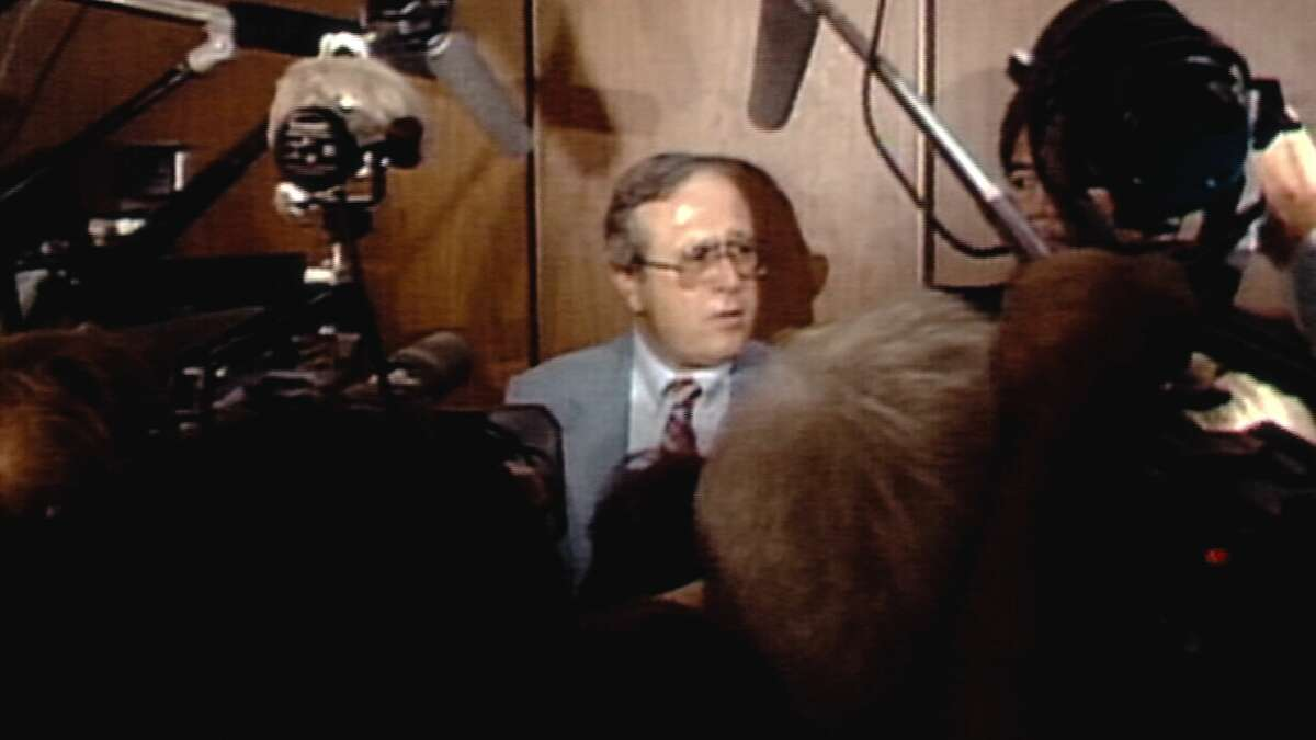 Frank Salerno (co-lead investigator) in 1985 giving a report after the Richard Ramirez trial in episode 4 of