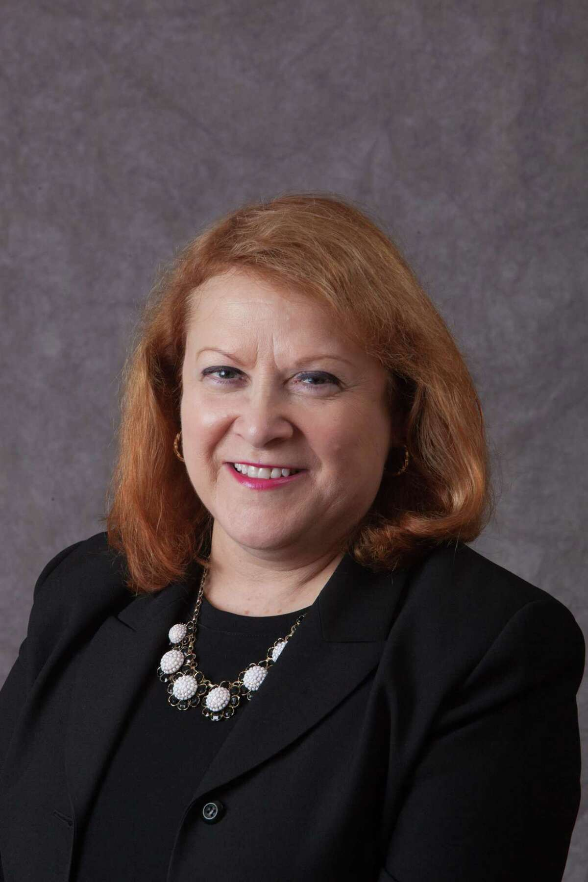 Lucinda Timpanelli, Trumbull Board of Education chairman