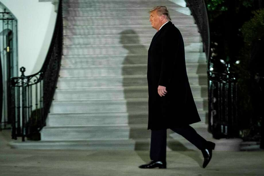 President Donald Trump returns to the White House on Tuesday, Jan. 12, 2021. Photo: Washington Post Photo By Jabin Botsford / The Washington Post