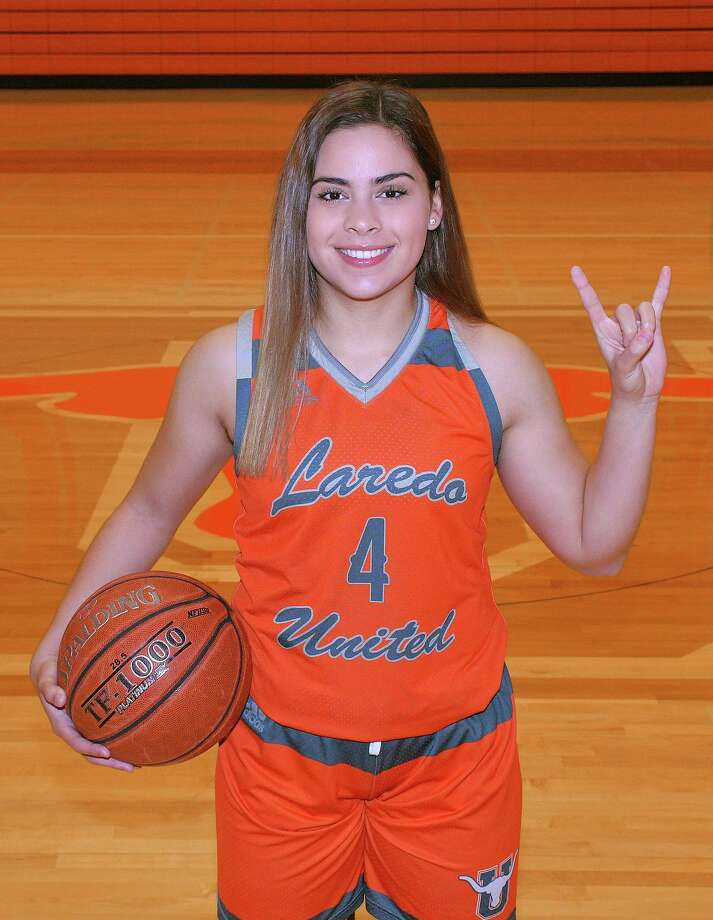 Evelyn Quiroz is helping United push for a third straight district title. Photo: Cuate Santos / Laredo Morning Times / Laredo Morning Times