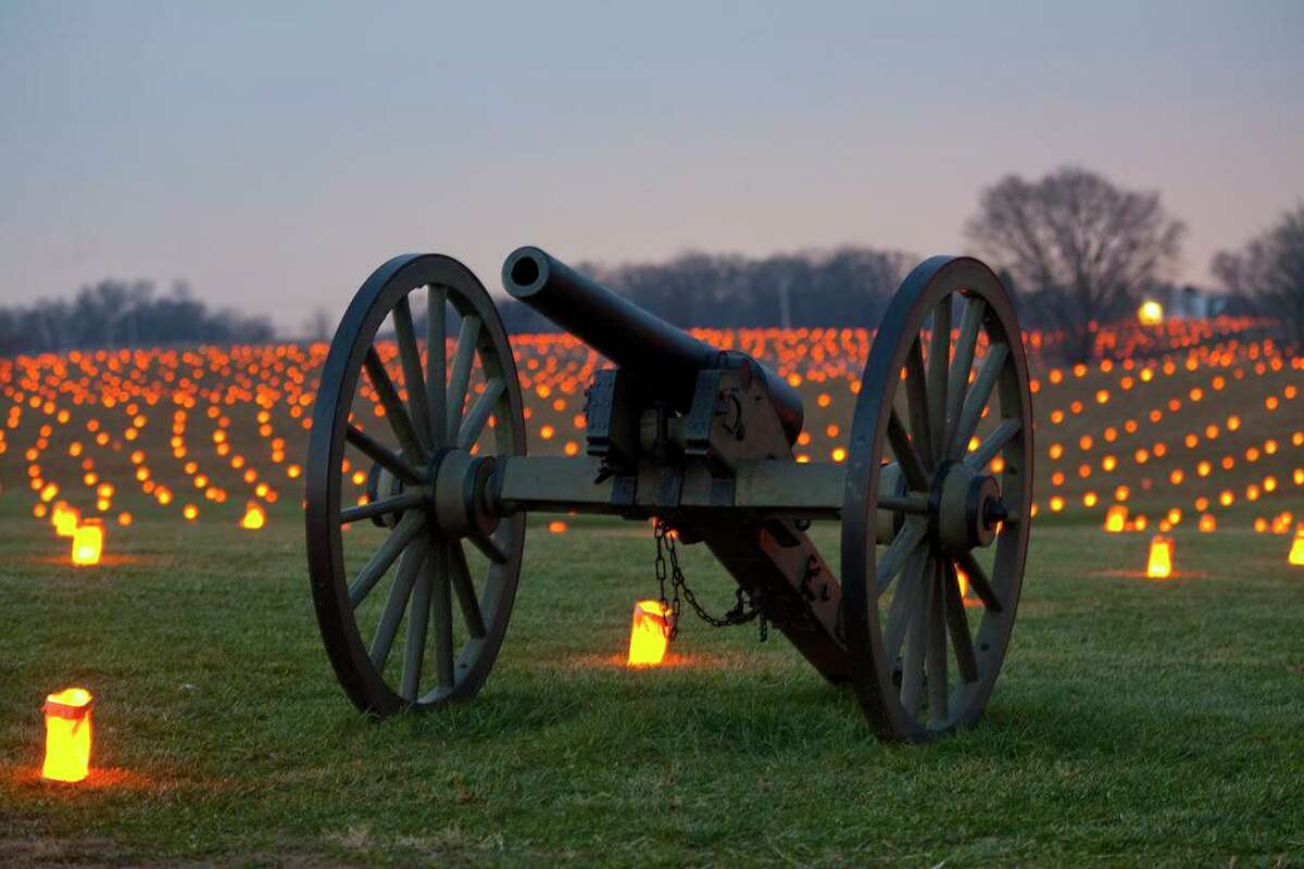 The San Jacinto Museum of History Association is planning an Nov. 13 candlelit event on the San Jacinto battlefield, which will be similar to the annual display of 23,000 luminaria that occurs at the Antietam National Battlefield in Sharpsburg, Md.