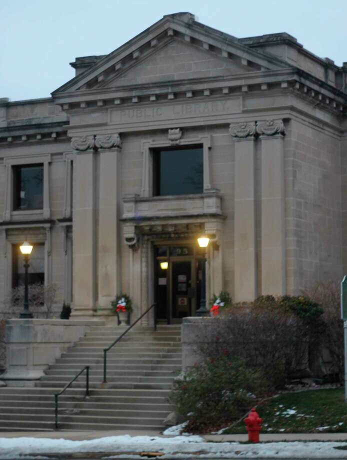 Friends of the Manistee County Library is holding a $5 book bag sale. (Kyle Kotecki/News Advocate)