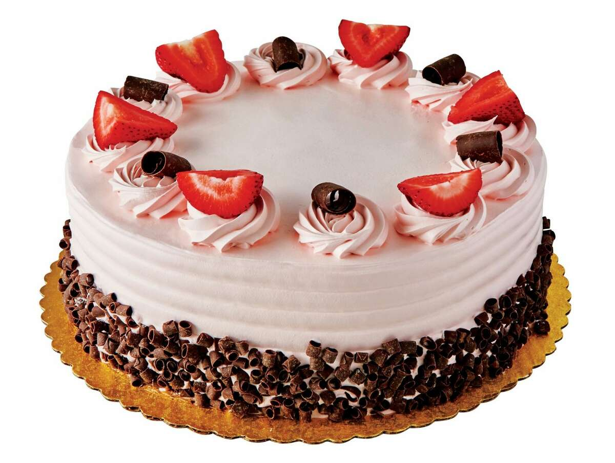 H?'E?'B Chocolate Cake with Strawberry Bettercreme: