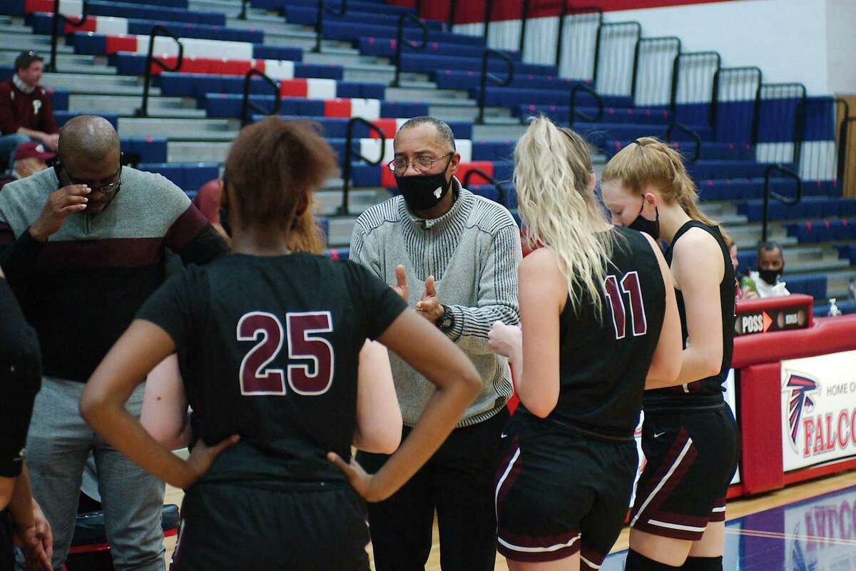 Pearland assistant coach Andre Stokes has taken over the head coaching duties while Lady Oiler head coach Lauren Martens is on maternity leave.