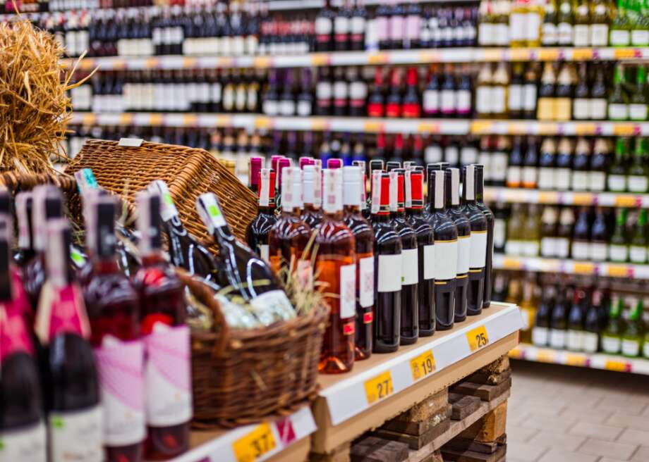 Covid-era alcohol sales by the numbers Many shopping habits and trends have emerged since the start of the coronavirus pandemic, not the least of which is a significant spike in alcohol purchases. Nationally, Nielsen found a 54% increase in alcohol sales during the week ending March 21, 2020, over the same week in 2019. Meanwhile, online sales during the same period jumped 262% from 2019.  To analyze trends in alcohol purchases throughout the pandemic, online grocery ordering and delivery company Mercato looked at data on orders placed between March 22 and July 31, 2020.  The study looked at a total of 15,002 total orders of alcohol, a representative sample for total alcohol order activity on the platform with a margin of error of <1%. Orders were compiled across 108 unique U.S. zip codes and included 42,695 individually sold units of alcoholic beverages.  Keep reading to find out how much alcohol sales grew, which beverages were bestsellers, and what products were most popular in New York City and Chicago—two early U.S. hot spots for the virus. Photo: Canva