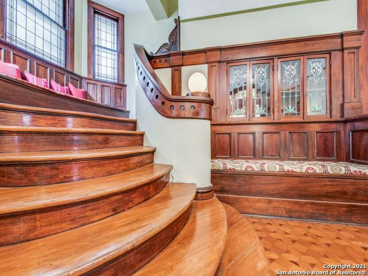 109 E. Woodlawn Ave | $875,000