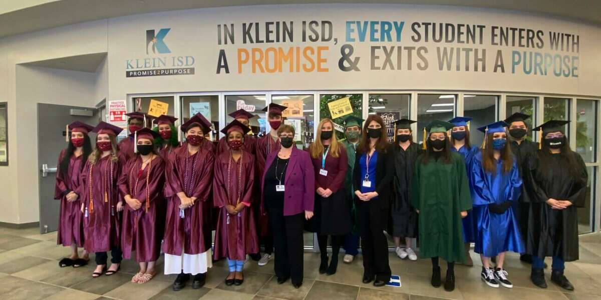Klein ISD held a Clap-On ceremony to celebrate the graduation of 34 students from Vistas High School Program and Klein Success Academy last week.