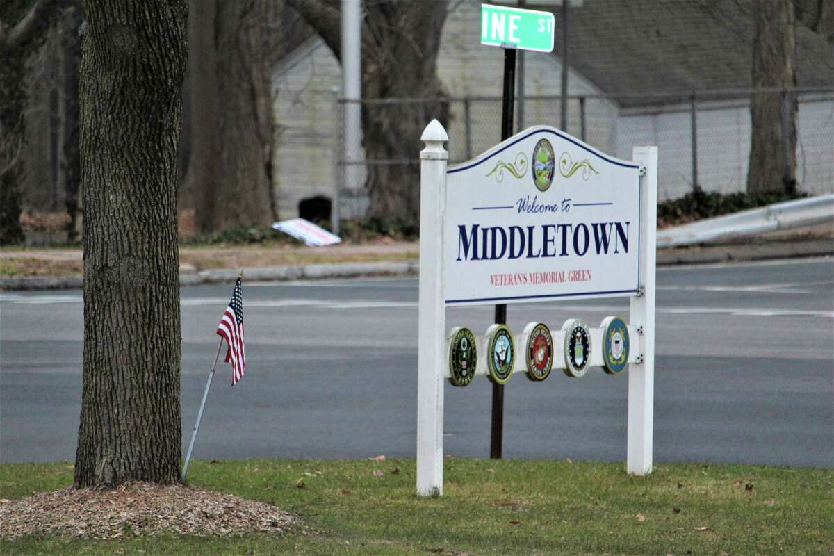 A city of Middletown sign is located at the corner of Pine and Washington streets