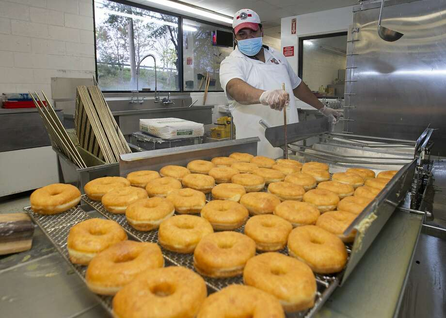 FILE PHOTO: The  Shipley Do-Nuts is finally coming to Midland. Shipley Do-Nuts has a projected opening date on April 14 at 5210 W. Wadley Ave. where a Fresh Fit Meals was located. Photo: Yi-Chin Lee, Staff Photographer