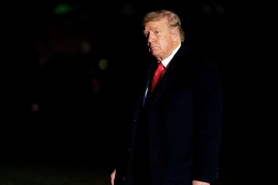 El presidente Donald Trump llega el 5 de enero de 2021 a la Casa Blanca, en Washington, luego de acudir a un acto de campaña en Dalton, Georgia. Photo: Andrew Harnik /Associated Press / Copyright 2021 The Associated Press. All rights reserved