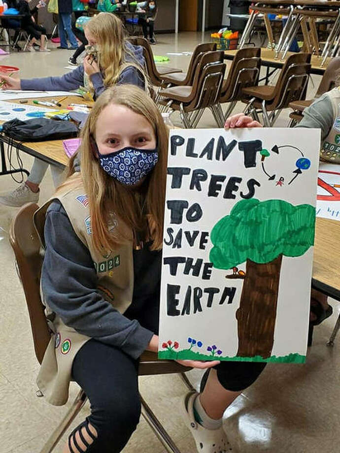 Girl Scouts from Troop 1024 in Worden led a campaign for healthy habits to protect the Earth. Photo: For The Intelligencer