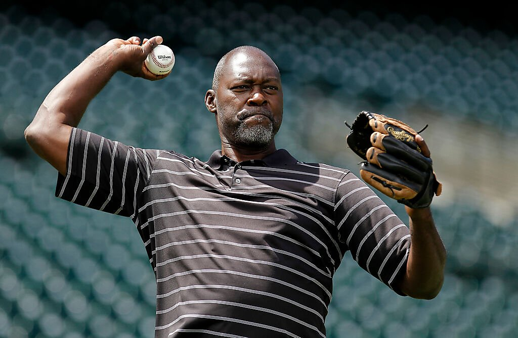 Former A's pitcher Dave Stewart bids $115M on share of Oakland Coliseum site
