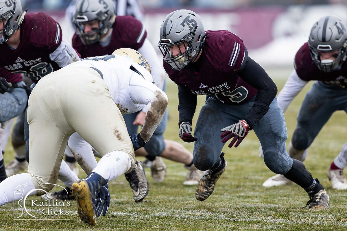 The Gladiators of Traverse City St. Francis rallied for a touchdown in the fourth quarter and ended the Cass City Red Hawks' quest for a state championship on Saturday afternoon with a 13-12 win in their Division 7 semifinal matchup in Cass City.