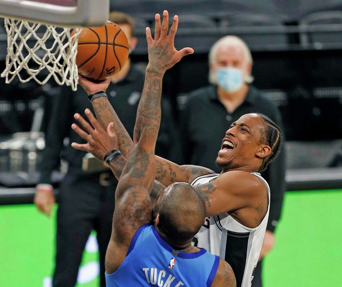 Spurs forward DeMar DeRozan willed his way to a team-best 24 points against the Rockets on Saturday.