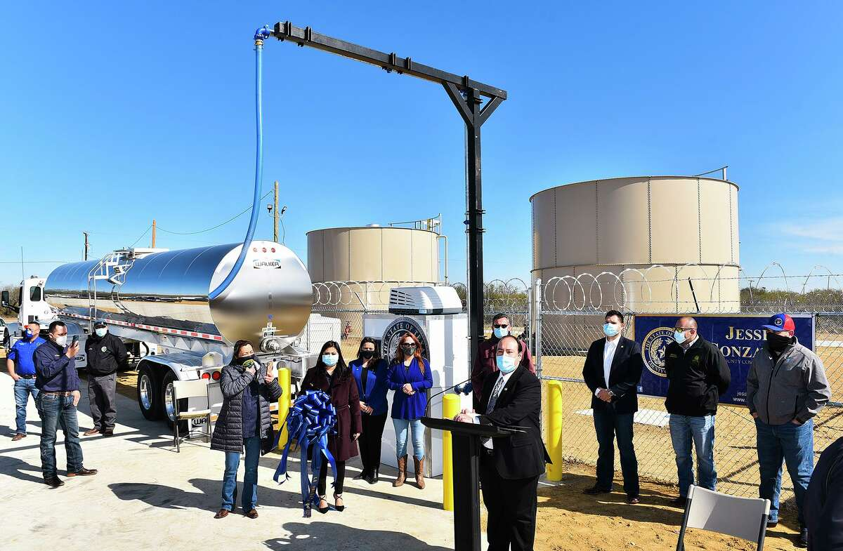 The La Presa water dispenser is seen as the ribbon cutting ceremony concludes on Wednesday, Jan. 13, 2021 at the La Presa Community Center.