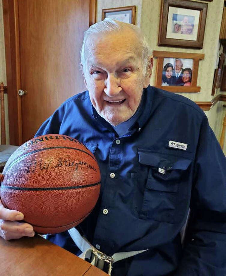 Staunton's Del Stiegemeier, a 97-year-old veteran of World War II, will be inducted in the Friends of Basketball category by the IBCA Hall of Fame when the Class of 2021 is honored later this year at Illinois State in Normal. He was the scorekeeper for Staunton Bulldogs basketball for 25 seasons, ending with a Class A state championship in 1993. Photo: Kathy Legendre | For The Telegraph