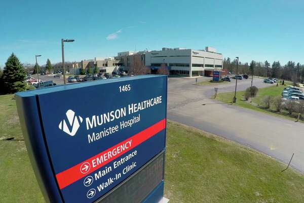 Munson Healthcare will expandeligibility for the COVID-19 vaccination to individuals age82 and older who reside in its service area. (File photo)