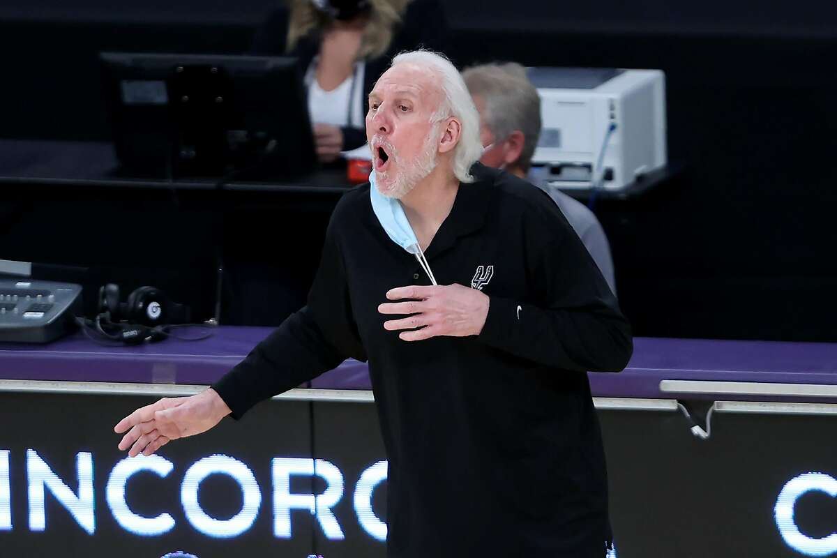 Head coach Gregg Popovich and the Spurs visit the Warriors at 7 p.m. Wednesday (NBCSBA/95.7).
