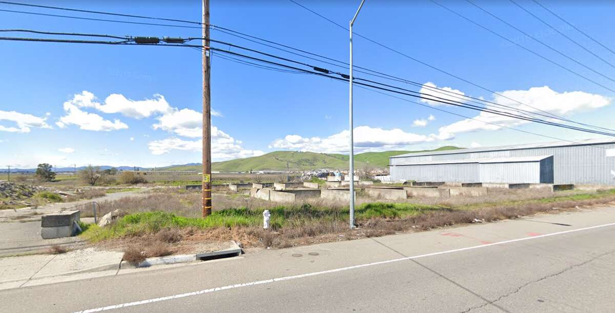 The intersection of Cement Hill Rd. and Peabody Rd. in Fairfield, Calif., where authorities said Zachery Rose's body was found.