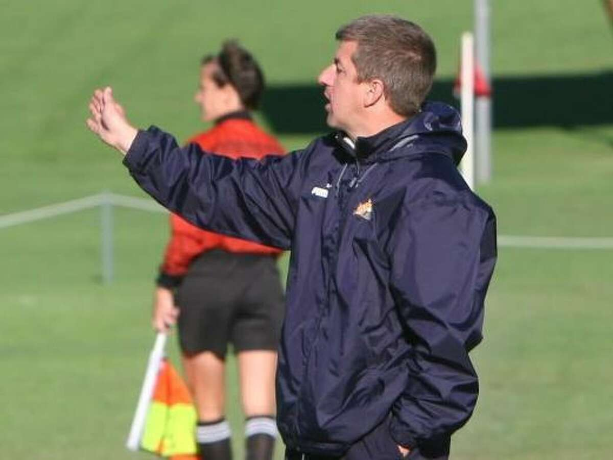 Quinnipiac women's soccer coach Dave Clarke guided the Bobcats to the MAAC semifinal round of the playoffs in 2019.