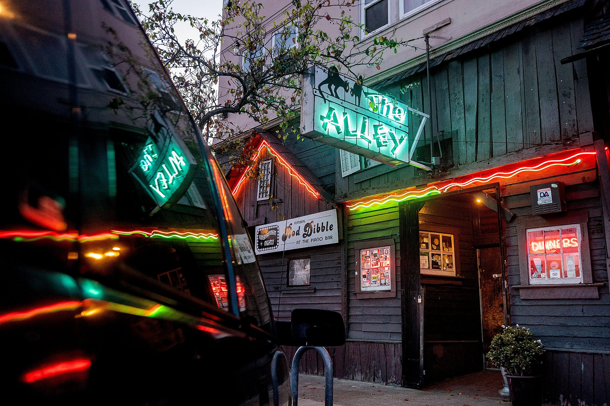 Oakland's Alley doesn't miss a beat going virtual