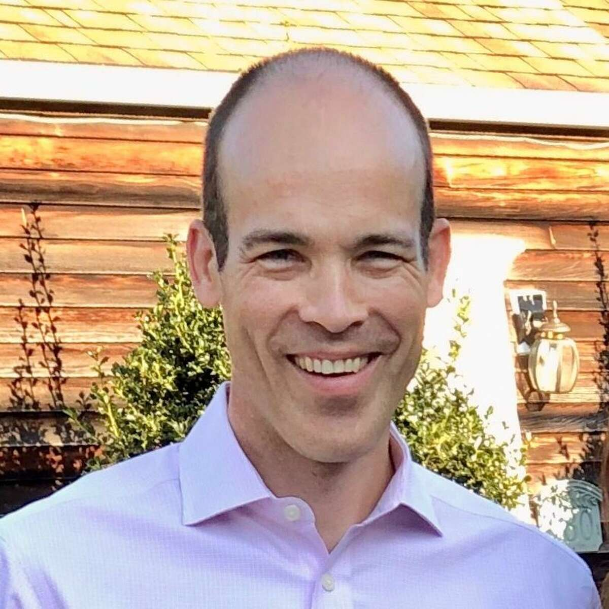 Luke Davis is an associate professor of medicine and of epidemiology at Yale School of Medicine. He also teaches at Yale School of Public Health.