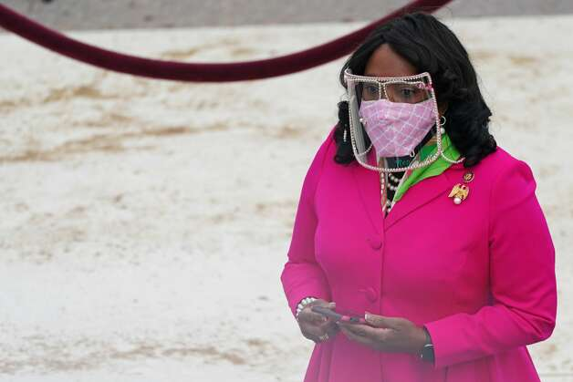Rep. Terri Sewell of Alabama arrives for the inauguration of Joe Biden as the 46th US President on January 20, 2021, at the US Capitol in Washington, DC. (Photo by Erin SCHAFF / POOL / AFP) (Photo by ERIN SCHAFF/POOL/AFP via Getty Images) Photo: ERIN SCHAFF/POOL/AFP Via Getty Images