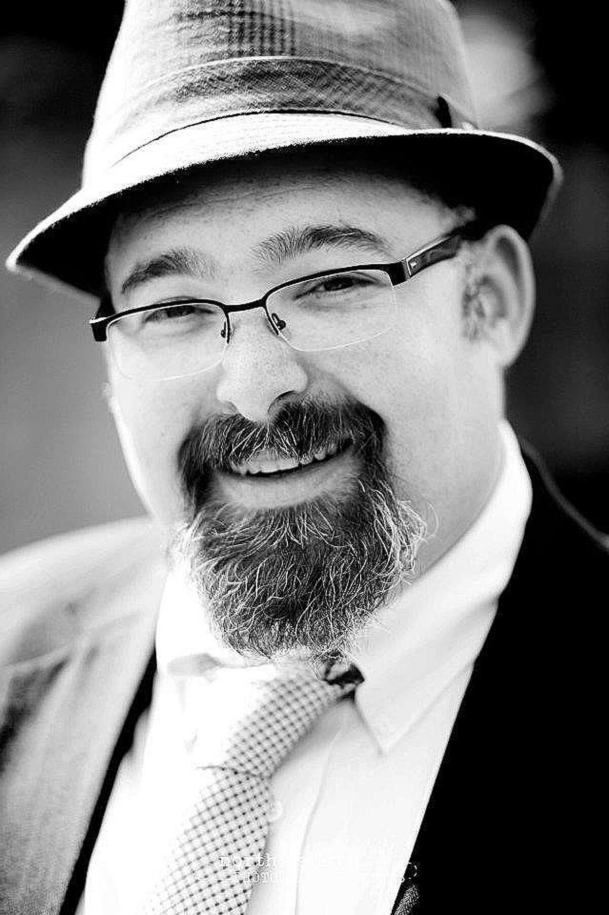Rabbi Jonathan S. Siger heads the Congregation Jewish Community North in Spring.