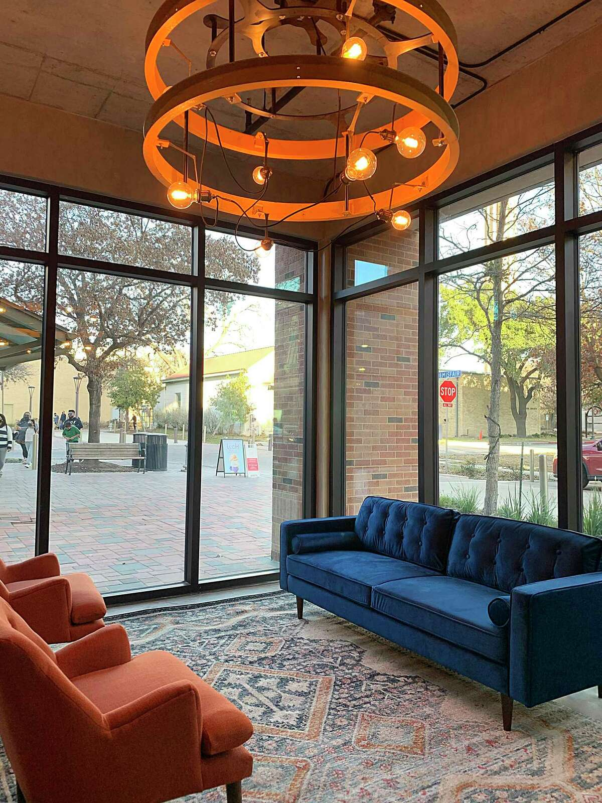 Re:Rooted 210 Urban Winery, a wine bar specializing in Texas wines made and curated by sommelier Jennifer Beckmann, is set to open soon at Hemisfair at the new apartment development The '68.
